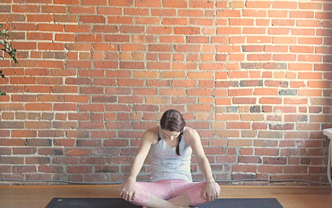 6 Hands Free Yoga Poses (Yoga for Sore Wrists)