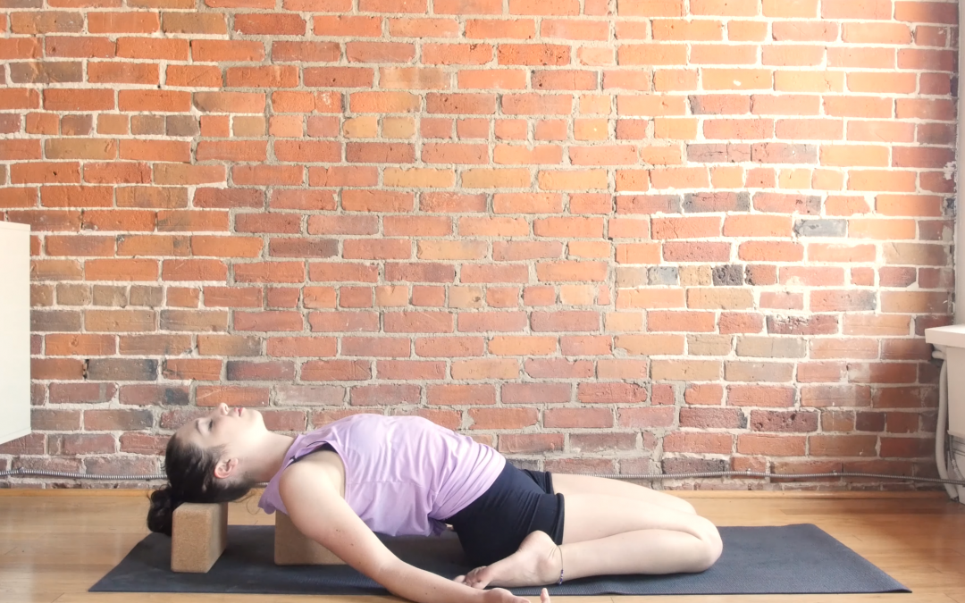 6 Yin Poses and 8 Affirmations for Joy