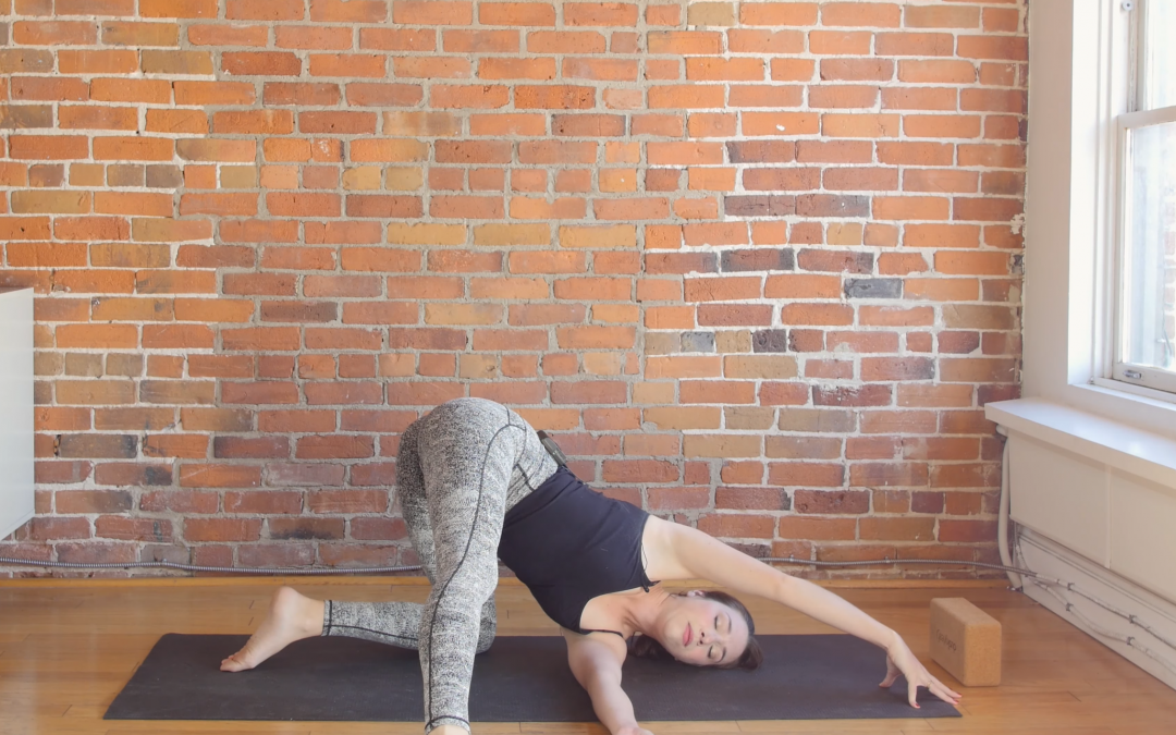 7 Poses for the Sacral Chakra (Hip Strength & Stretch)